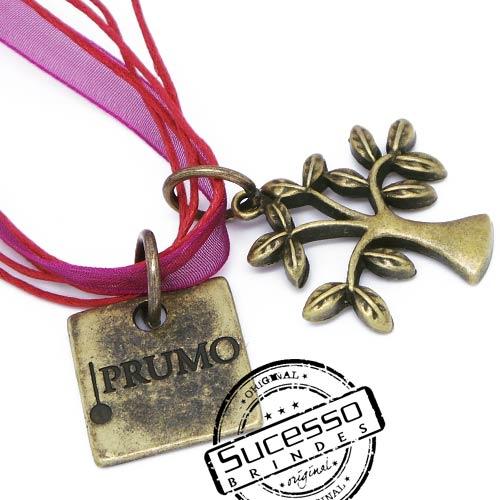 Pingente personalizado plaqueta Prumo e árvore