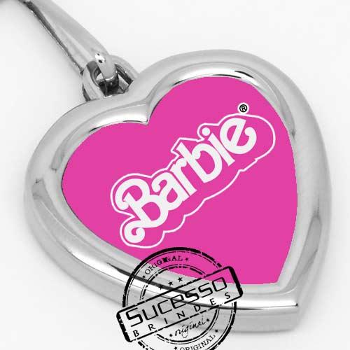Chaveiro em metal adesivado coração Barbie