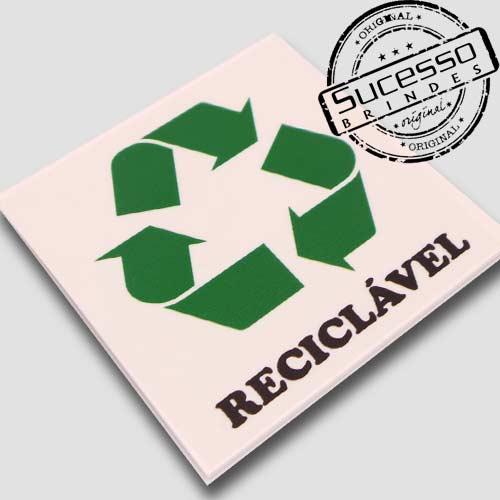 Placas de sinalização em pvc ou acrílico Reciclável