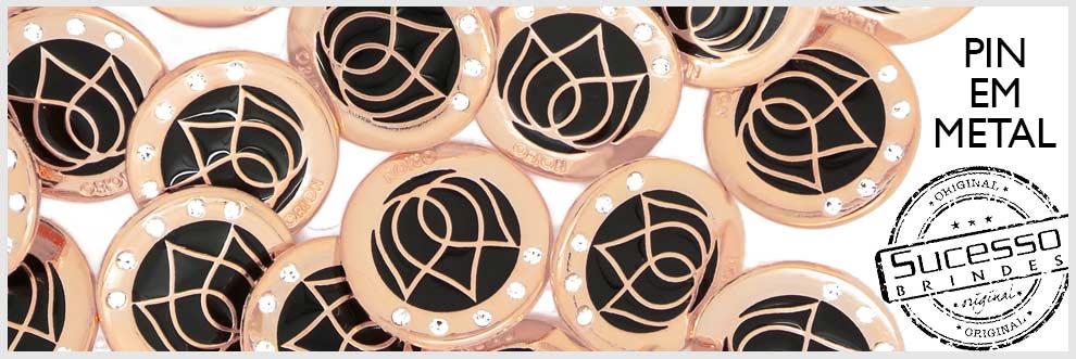 pin-metalico-esmaltado-resinado-sucesso-brindes