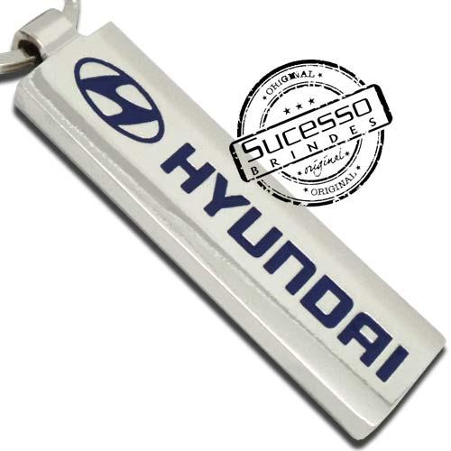 1984-chaveiro-em-metal-personalizado-com-relevo-e-resina-colorida-hyundai