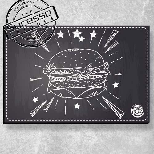 A Sucesso Brindes fabrica placas personalizadas, placa de madeira, placa de mdf, placa em mdf, placas personalizadas ou quadros personalizados para campanhas promocionais ou ação de marketing, hamburger, sanduich, restaurante, burger king.