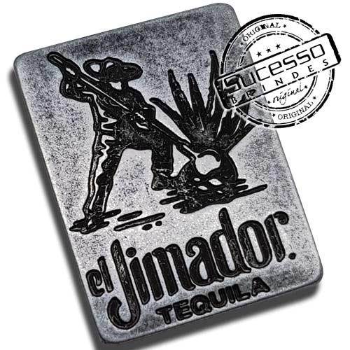 2751-Pin-em-metal-envelhecido-personalisado-com-relevos-fabricante-sucesso-brindes