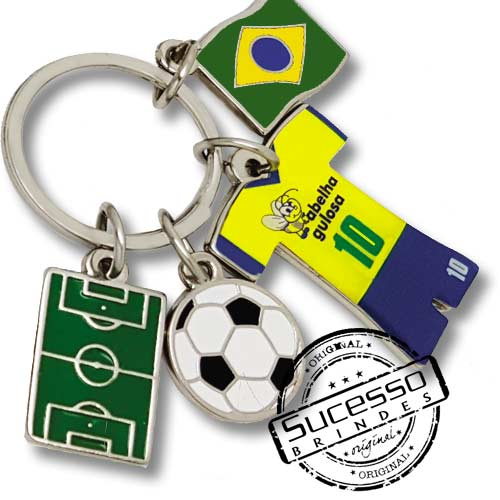 utebol, copa do mundo, brinde para copa, brinde para futebol, chaveiro futebol, brasil, bandeira, bola, uniforme, campo de futebol.