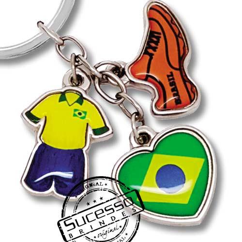 utebol, copa do mundo, brinde para copa, brinde para futebol, chaveiro futebol, chuteira, bandeira, coração, uniforme.